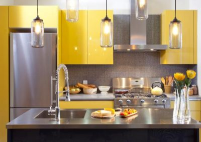 HKITC111_After-Yellow-Kitchen-Cabinets-Close_4x3.jpg.rend_.hgtvcom.616.462